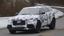 2015 / 2016 Jaguar Crossover Mule spy photos