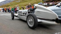 Mercedes Silver Arrow W25 at the Klausen Hill Climb 04.10.2013