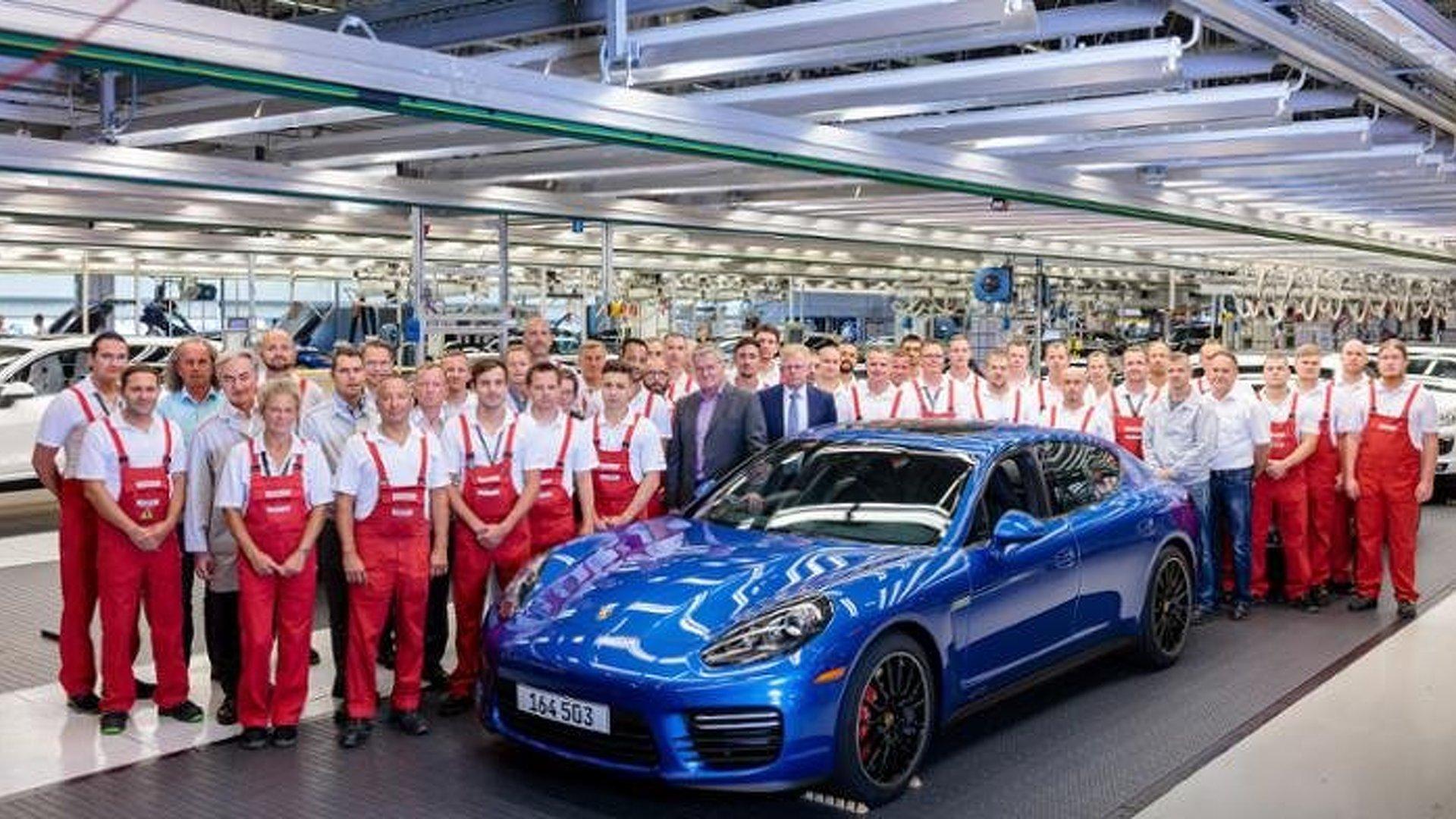 Last first-generation Porsche Panamera built