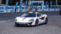 McLaren 570S Shows Off Its Support Skills at La Course Cycling Event