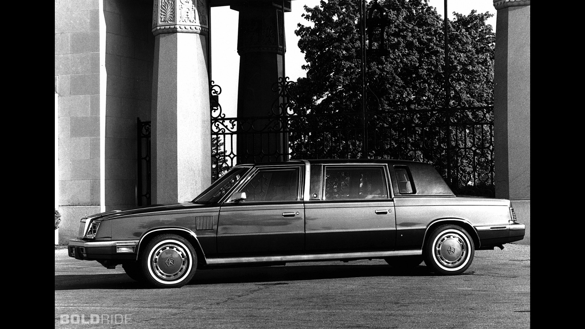 Chrysler Executive Sedan
