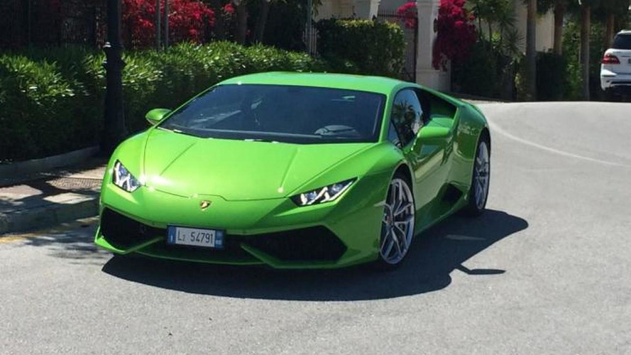 Lamborghini Huracan with Verde Mantis paint spotted in Spain