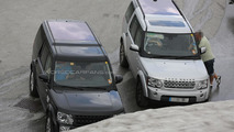 2014 Land Rover Discovery facelift spied together with current model