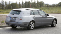 2015 Mercedes C-Class Estate spied wearing less disguise