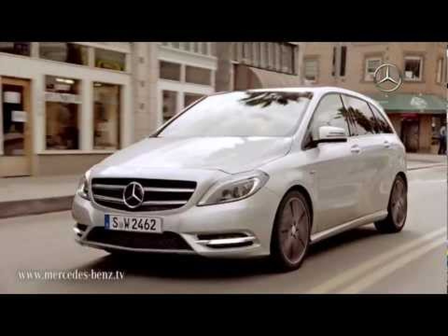 2012 Mercedes-Benz B-Class Fascinatingly Agile Commercial