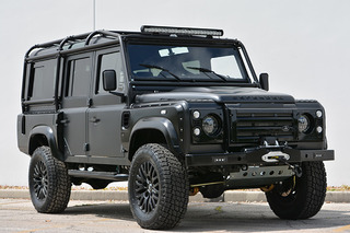 This Land Rover Defender 'Beast' Has the Heart of a Corvette