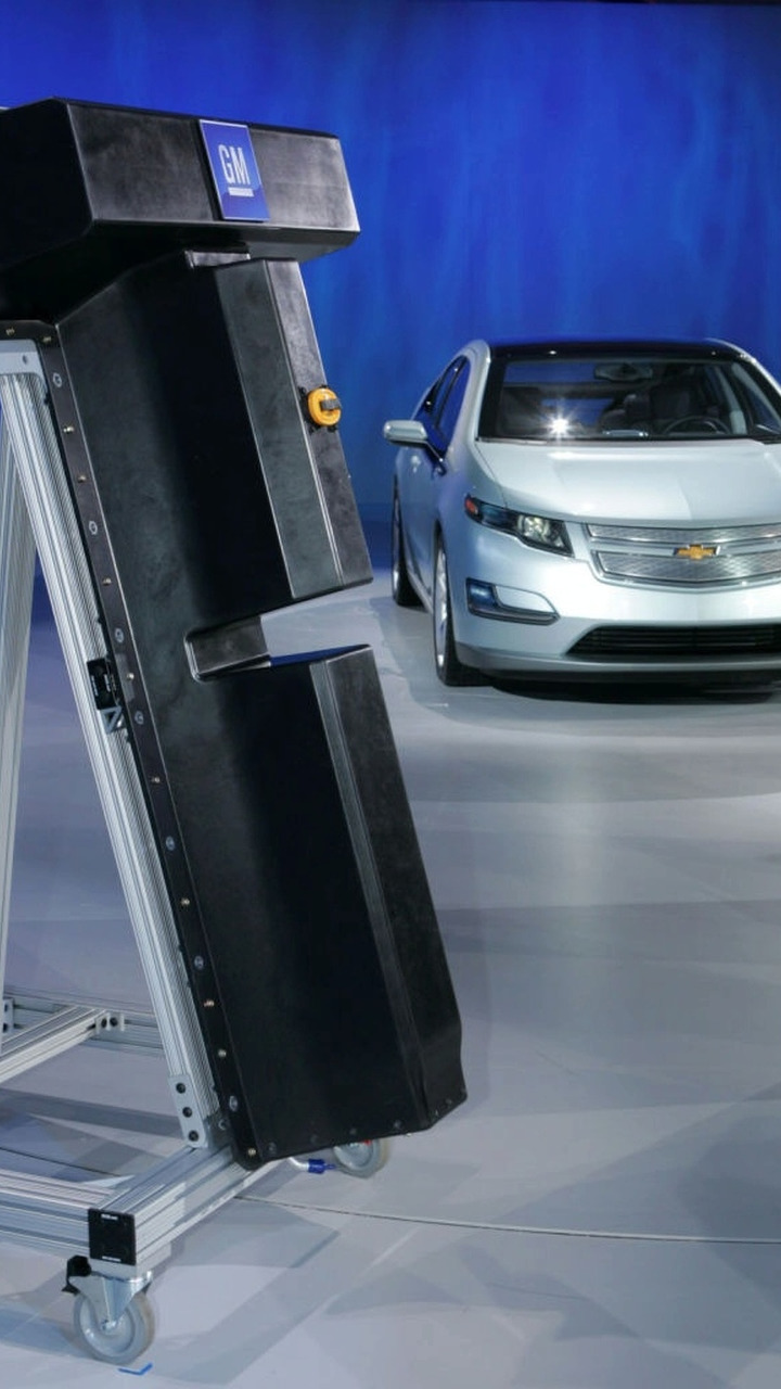 Chevrolet Volt with Li-ion battery - NAIAS 2009