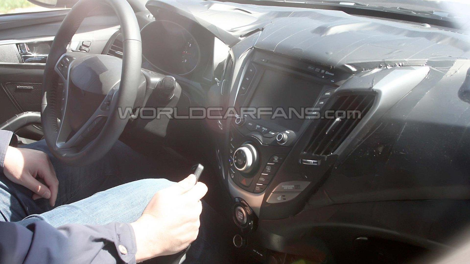 Hyundai Veloster teased for Detroit debut [video]