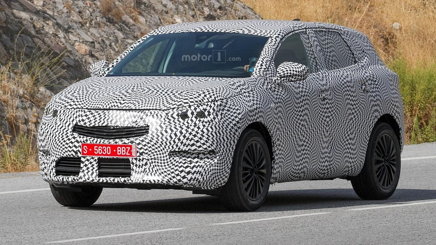 2018 Peugeot 2008 caught on camera
