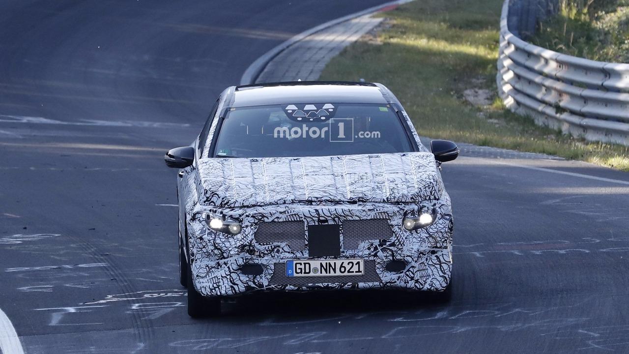 2018 - [Mercedes] Classe A (W177) - Page 6 2018-mercedes-a-class-spy-photo