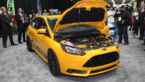 Shelby Focus ST live in Detroit 15.01.013