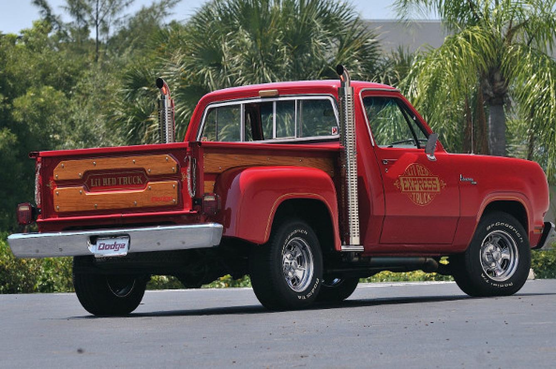 Godzilla On Four Wheels: The Story of the Li'l Red Express Truck