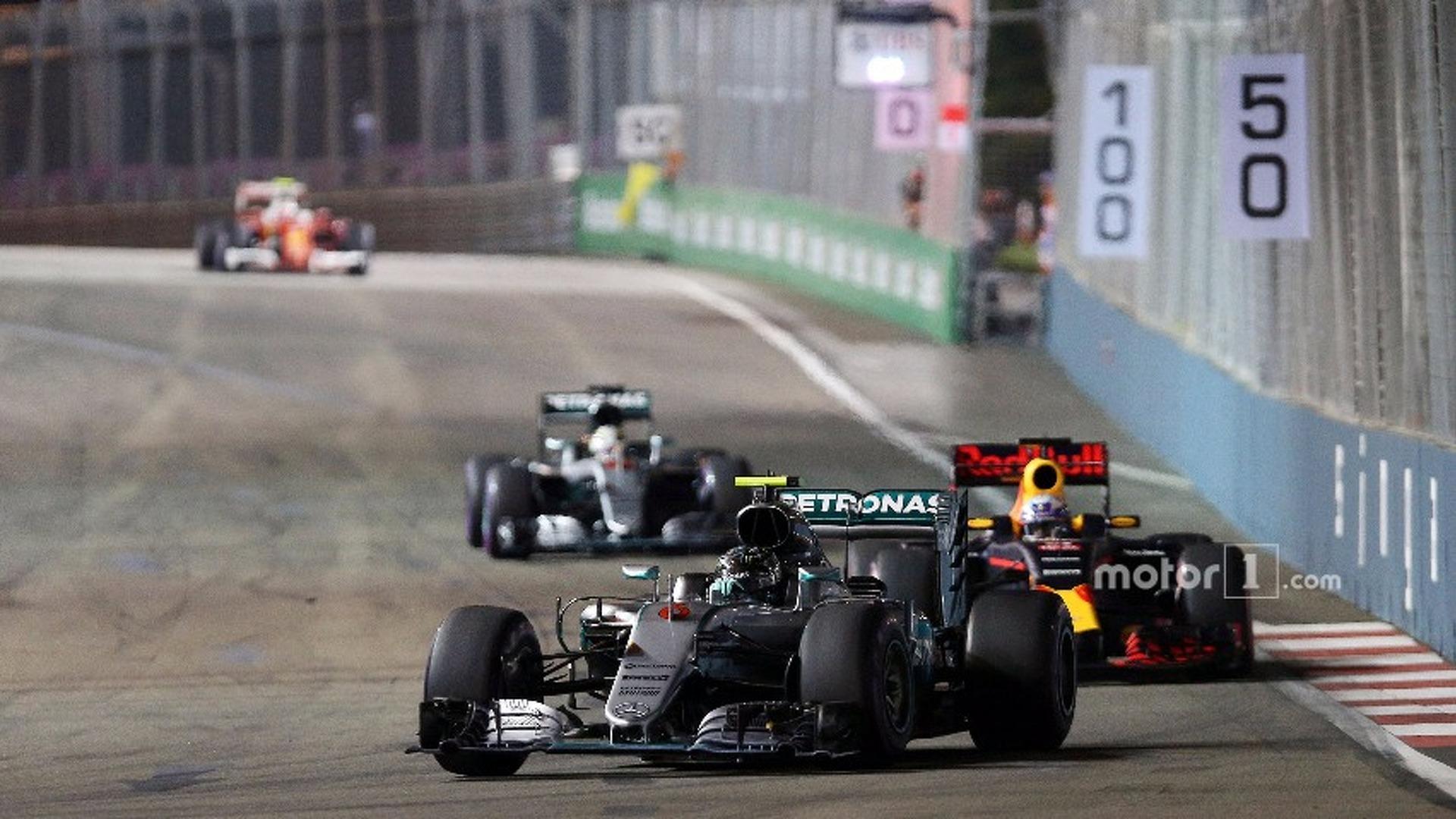 Analysis: How Hamilton's podium bid nearly toppled Rosberg