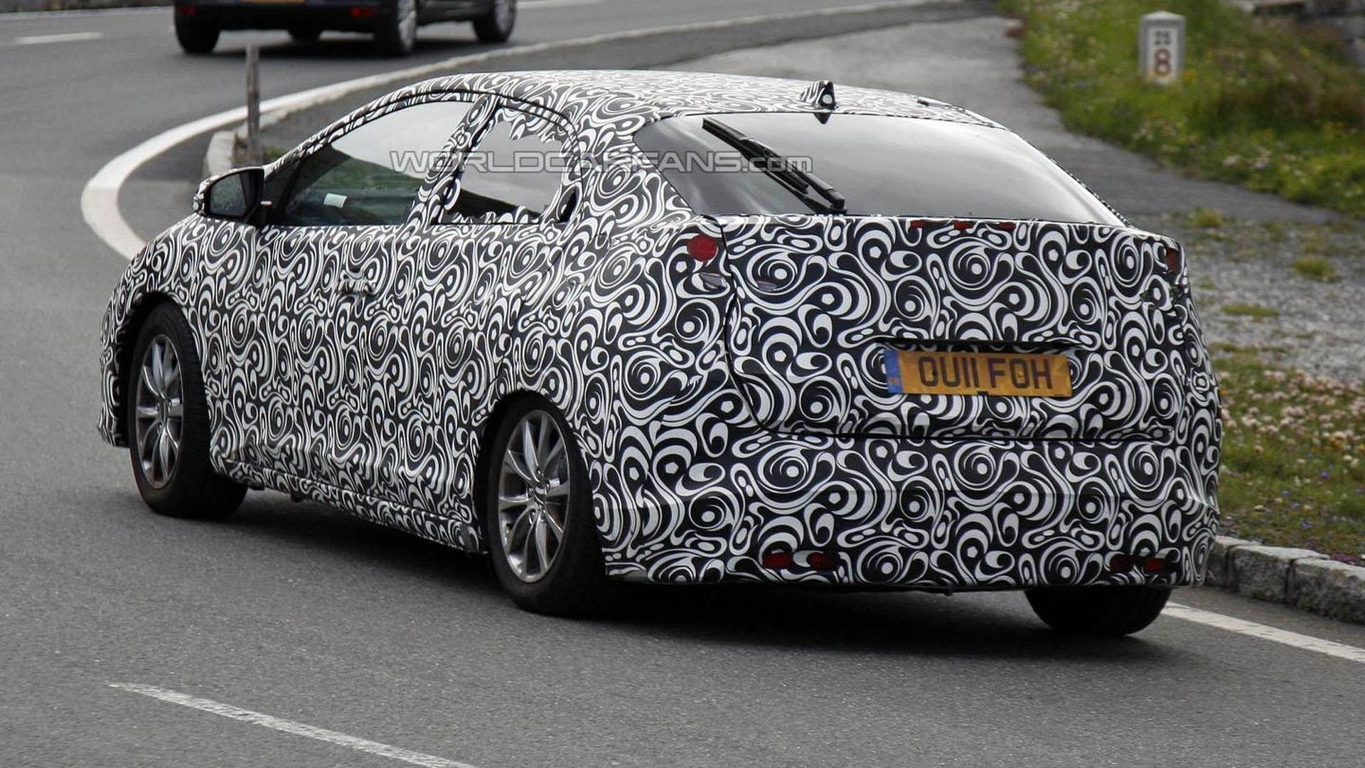 2012 Honda Civic Euro-spec spied