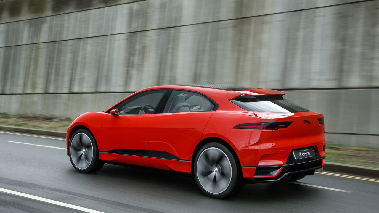 [Imagen: jaguar-i-pace-concept-in-london.jpg]