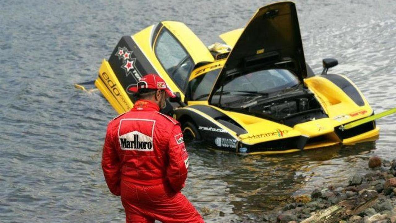 Ferrari Enzo crash in Canada - 19.9.2011