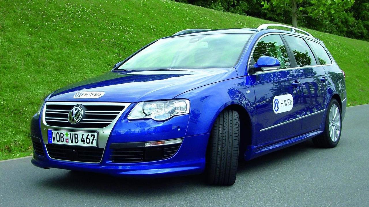 Volkswagen Passat variant with Temporary Auto Pilot, 23.06.2011