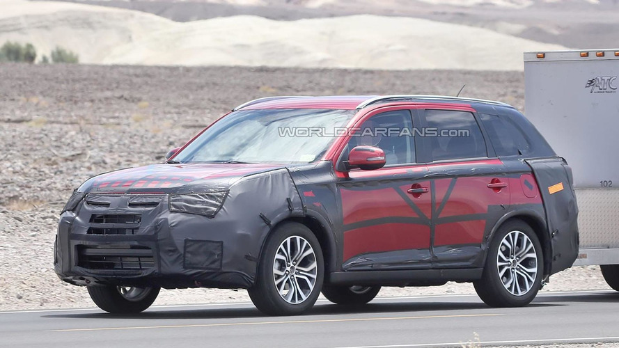 Mitsubishi Outlander facelift makes spy photo debut