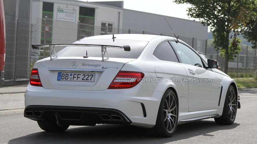 Mercedes C63 AMG Black Series Coupe spied with aero package