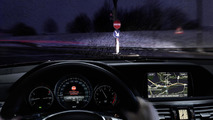 Mercedes aims to prevent wrong-way drivers with new warning system