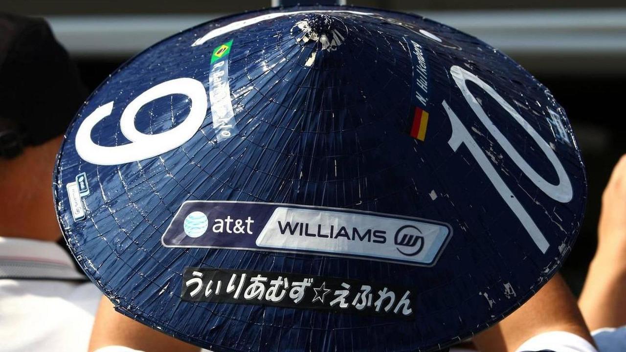 Japanese fan, Williams F1 Team - Formula 1 World Championship, Rd 16, Japanese Grand Prix, 07.10.2010 Suzuka, Japan