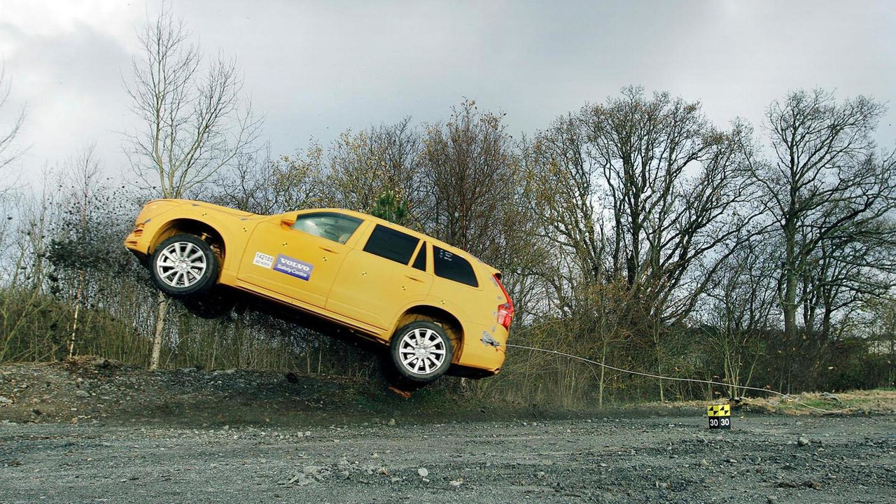 2015 Volvo XC90 being launched by the Robocoaster