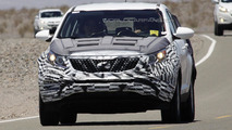 2015 Kia Sportage spied with less camouflage