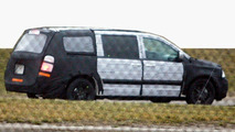 2008 Chrysler Voyager (Dodge Caravan) Spy Photos