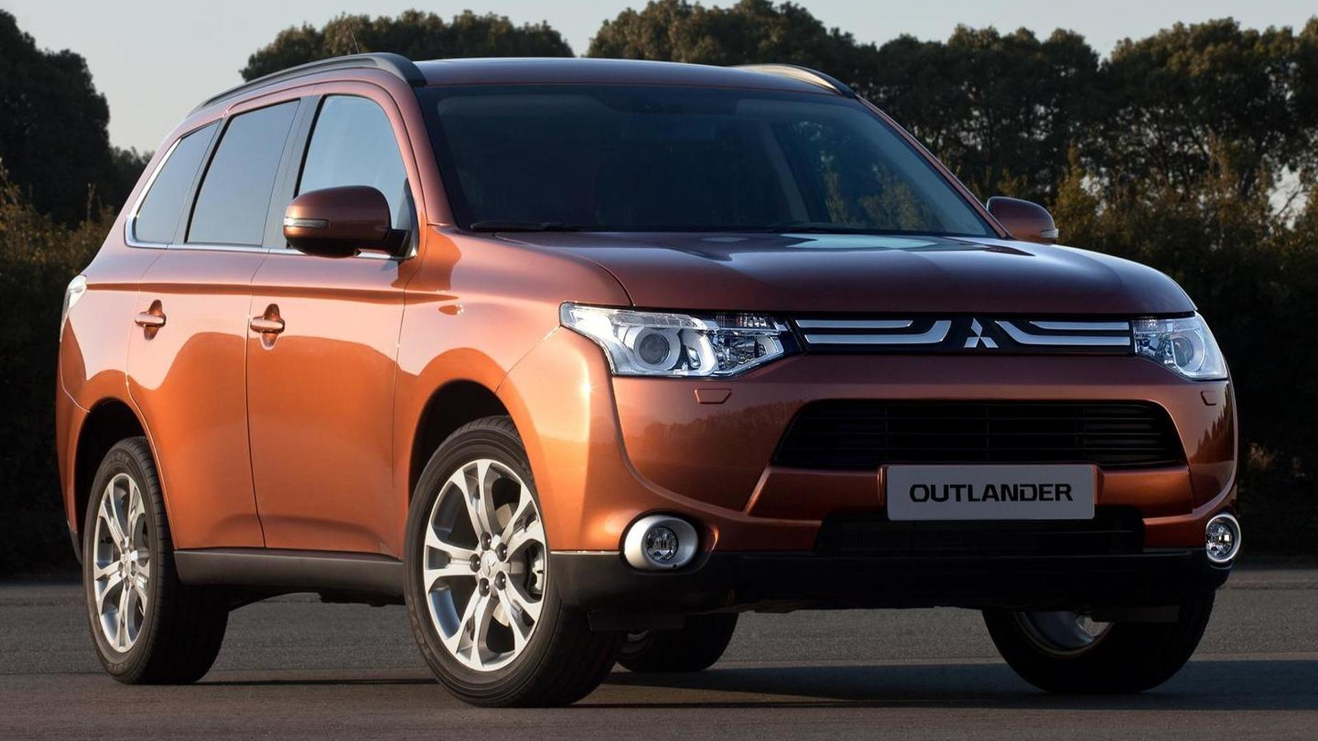 2013 Mitsubishi Outlander - first image released