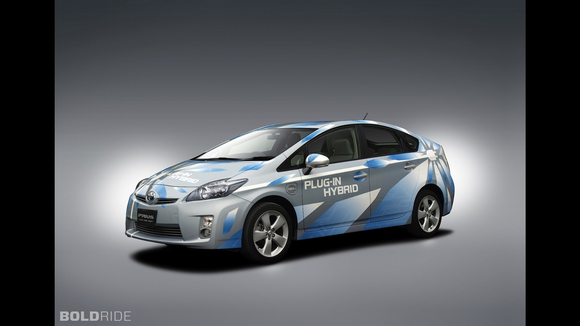 toyota prius plug in hybrid concept. Black Bedroom Furniture Sets. Home Design Ideas