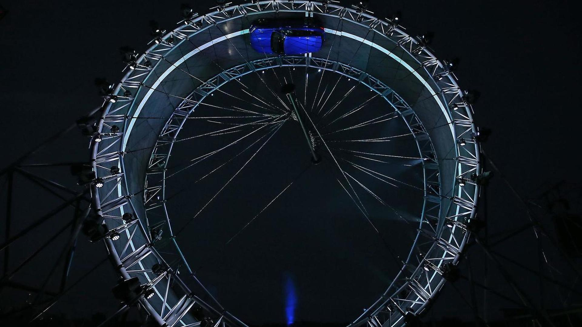 Check out the Jaguar F-Pace performing record-breaking 360-degree loop [video]