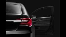 Chrysler revela oficialmente o Novo 200 2011