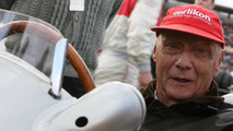 Lauda denies money powered Mercedes dominance
