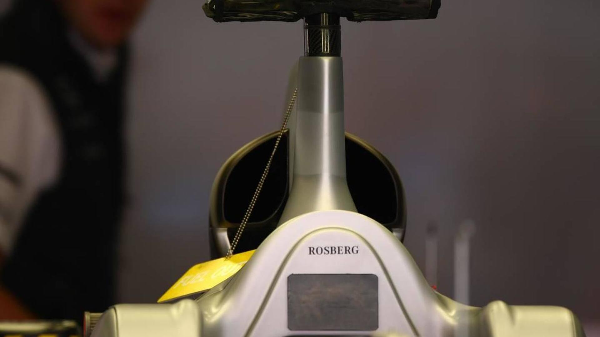 No airbox on Mercedes' revised 2010 car