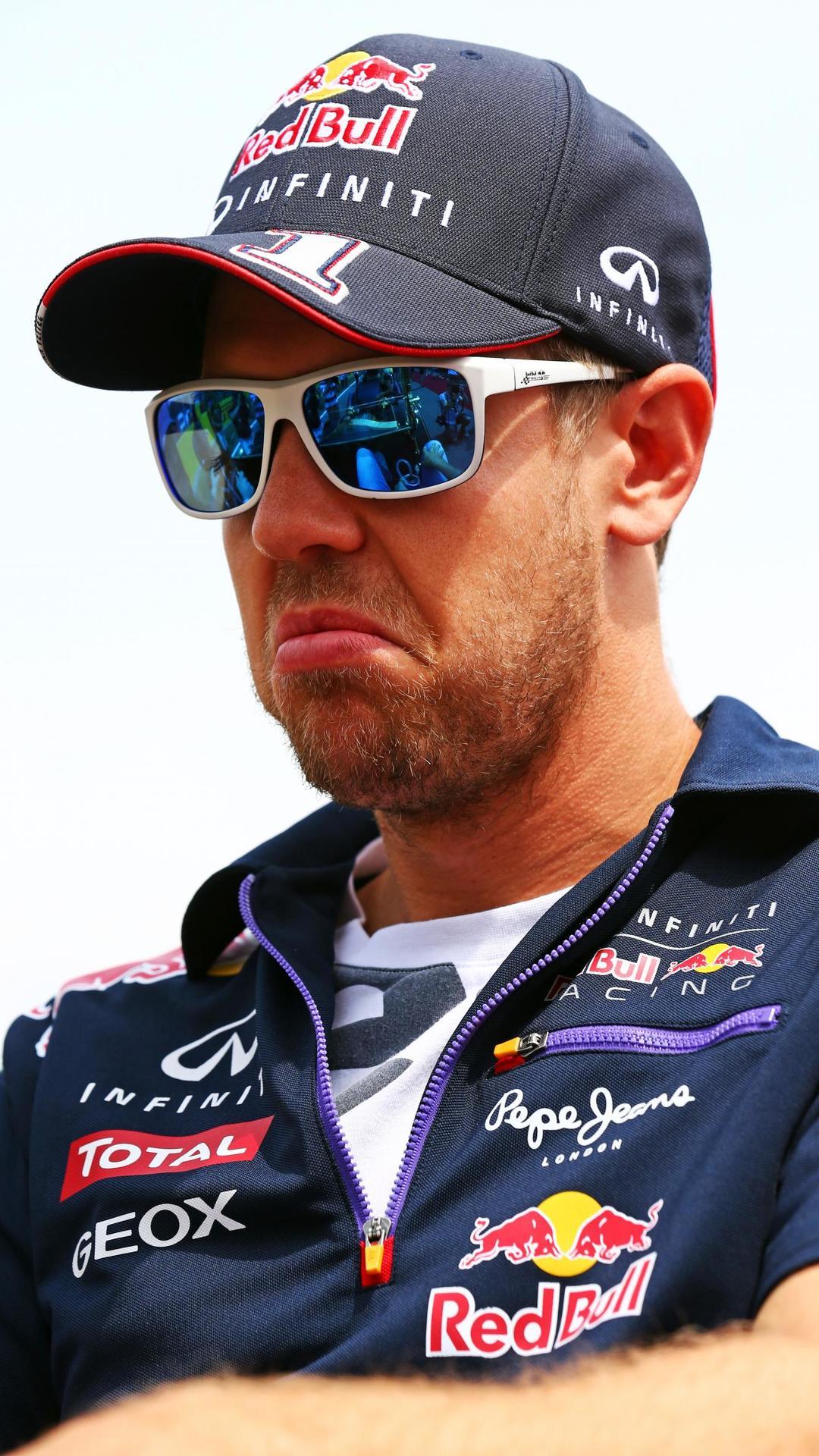 Vettel says critics 'disrespectful'