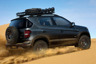 Chevrolet Niva 4x4 Barrels into Moscow Auto Show