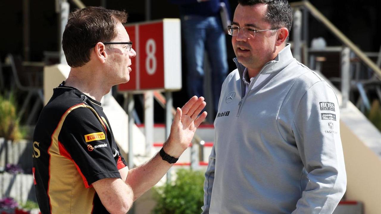 Eric Boullier (Right) 19.02.2014 Formula One Testing Bahrain Test One