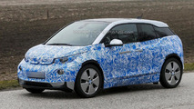 BMW i3 spied in motion [video]