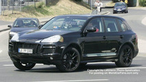 Spy Photos: More Porsche Cayenne Facelift