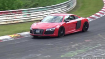 Audi R8 e-tron prototype spied on the Nürburgring [video]
