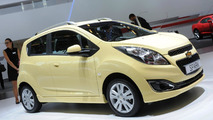 2013 Chevrolet Spark facelift live in Paris 27.09.2012