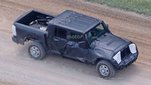 Jeep Wrangler pickup spy photos