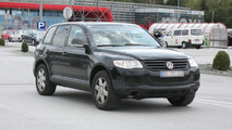 Next Generation VW Touareg Mule Spied