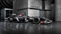 Sauber C33 revealed and Toro Rosso STR9 heard at Misano [audio]