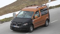 2015 Volkswagen Caddy spy photo