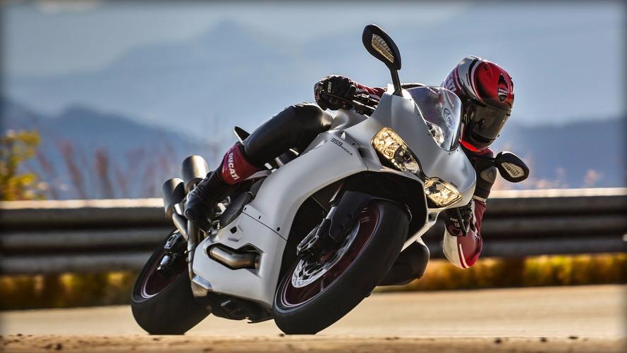 Seguindo contra a onda, Ducati registra crescimento em 2016
