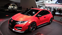 Civic Type R fans sign petition asking Honda to bring it stateside
