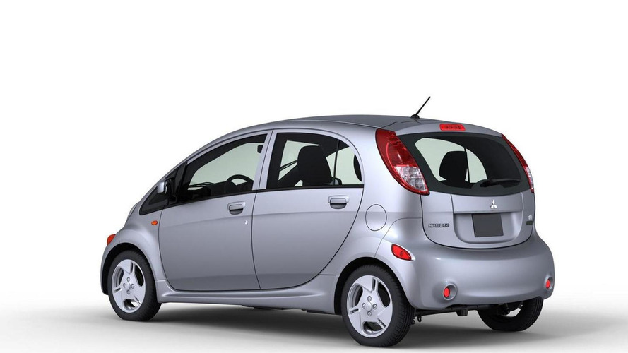 Mitsubishi previews US-spec i-MiEV ahead of LA Auto Show