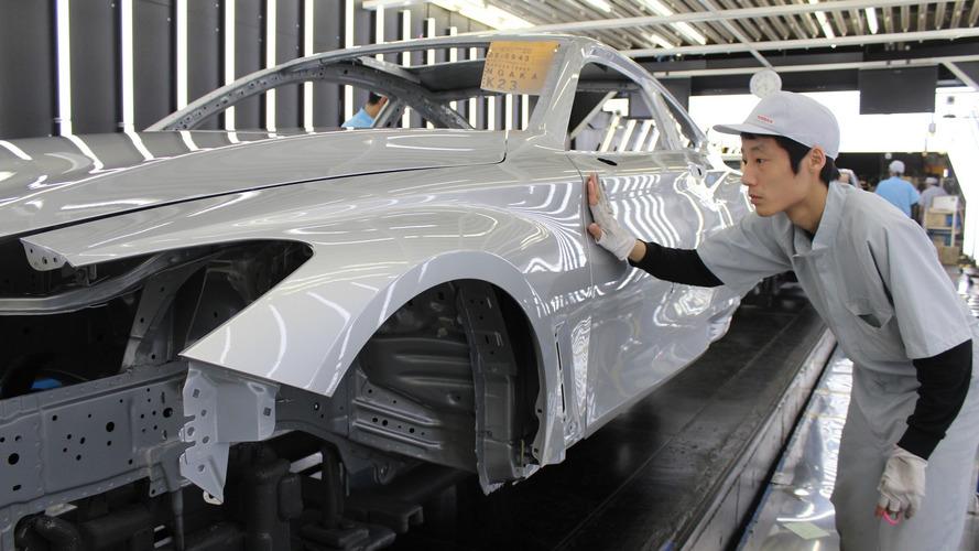 2017 Infiniti Q60 production begins