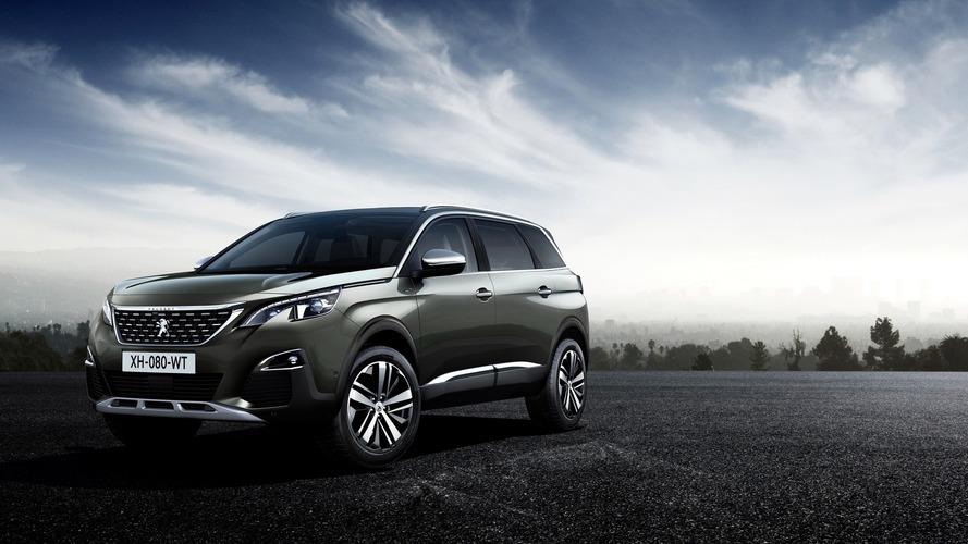 2017 Peugeot 5008 debuts as seven-seat SUV